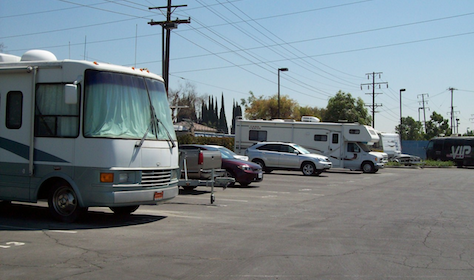 5951 Firestone Boulevard South Gate, CA 90280 - Car/Boat/RV Storage