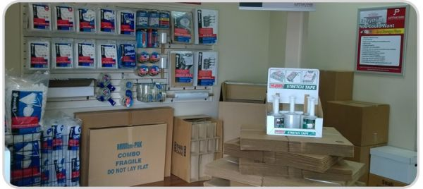 1125 Jupiter Park Drive Jupiter, FL 33458 - Moving/Shipping Supplies