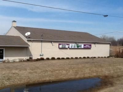 3330 West Thompson Road Fenton, MI 48430 - Storefront