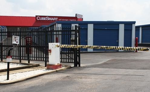 3040 Austin Peay Highway Memphis, TN 38128 - Security Gate|Drive-up Units|Driving Aisle