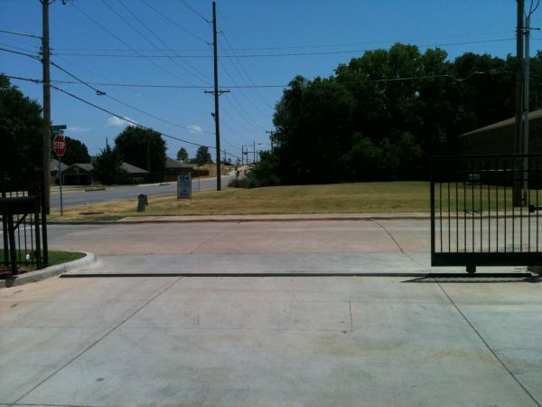 1101 W Lakeview Rd Stillwater, OK 74075 - Security Gate