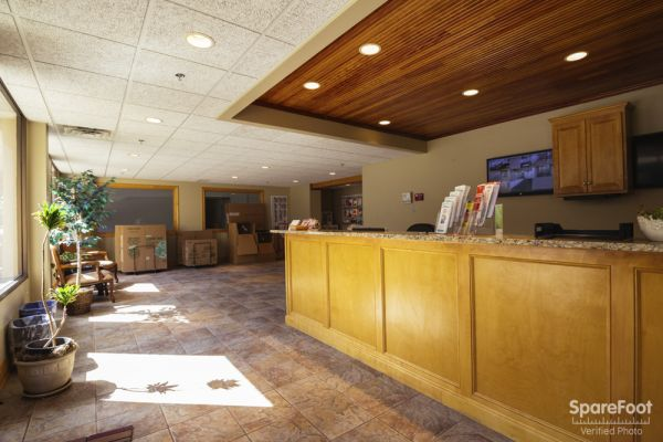150 West 81st Street Minneapolis, MN 55420 - Front Office Interior