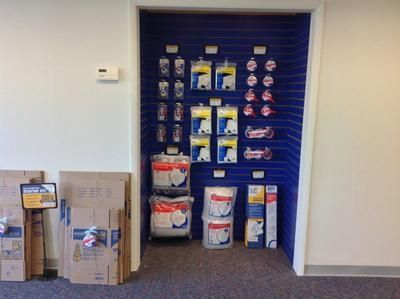 65 West John Street Hicksville, NY 11801 - Moving/Shipping Supplies