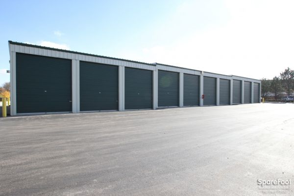 296 North Weber Road Bolingbrook, IL 60440 - Drive-up Units|Driving Aisle