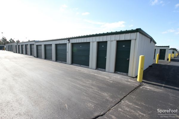 296 North Weber Road Bolingbrook, IL 60440 - Drive-up Units