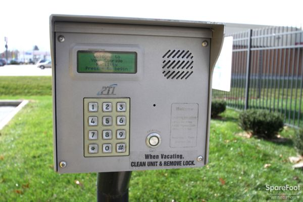 14900 Woodlawn Avenue Dolton, IL 60419 - Security Keypad