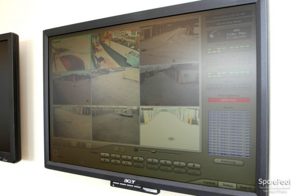 14900 Woodlawn Avenue Dolton, IL 60419 - Security Monitor