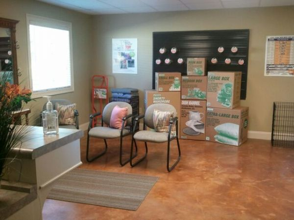 189 Country Place Parkway Pearl, MS 39208 - Front Office Interior