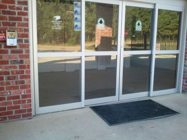 189 Country Place Parkway Pearl, MS 39208 - Storefront