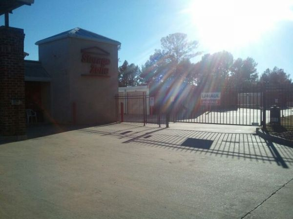 189 Country Place Parkway Pearl, MS 39208 - Security Gate