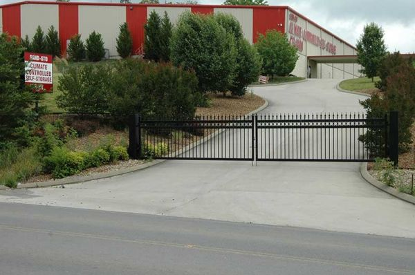380 Pleasant Grove Road Mcdonald, TN 37353 - Road Frontage|Security Gate|Signage