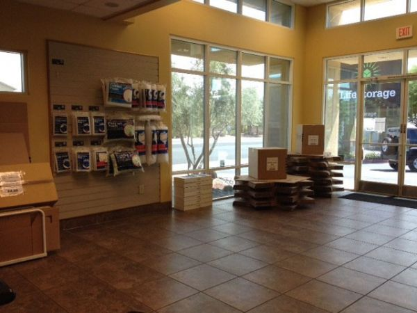 6545 West Warm Springs Road Las Vegas, NV 89118 - Moving/Shipping Supplies