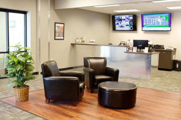 1450 South West Avenue Waukesha, WI 53189 - Security Monitor|Front Office Interior