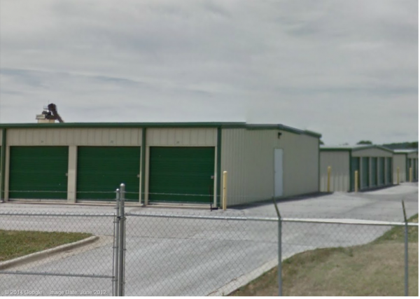 5274 N Oak St Bethel Heights, AR 72764 - Drive-up Units