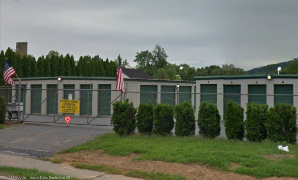 1022 Hellertown Road Bethlehem, PA 18015 - Security Gate|Drive-up Units|Driving Aisle