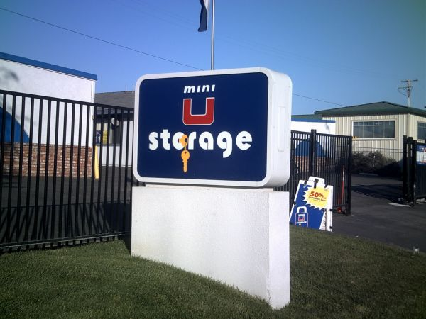 Mini U Storage   Atascadero