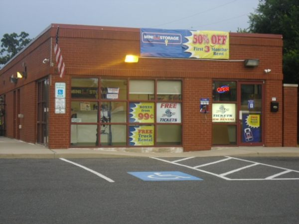 565 North Route 73 Berlin Township, NJ 08091 - Storefront