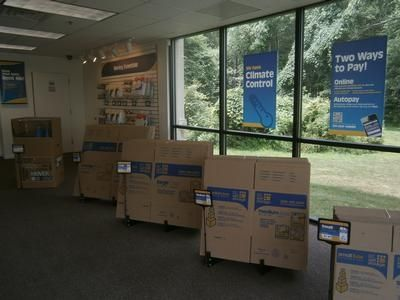 3950 New Brunswick Avenue Piscataway Township, NJ 08854 - Moving/Shipping Supplies