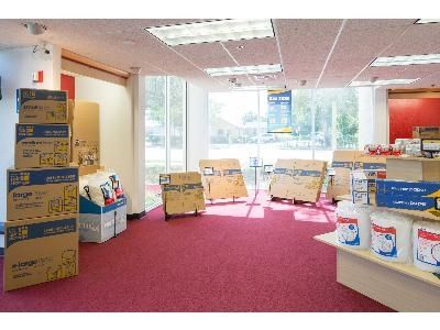 747 Northeast 3Rd Avenue Fort Lauderdale, FL 33304 - Moving/Shipping Supplies