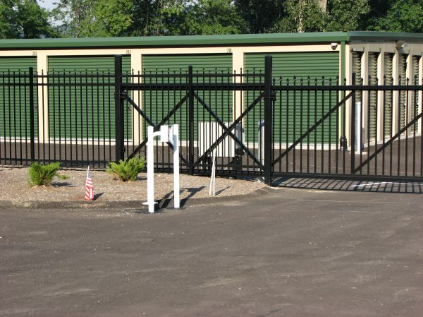 10 Allegheny River Boulevard Verona, PA 15147 - Security Gate