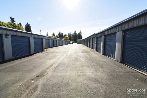 802 Northeast 112th Avenue Vancouver, WA 98684 - Drive-up Units|Driving Aisle
