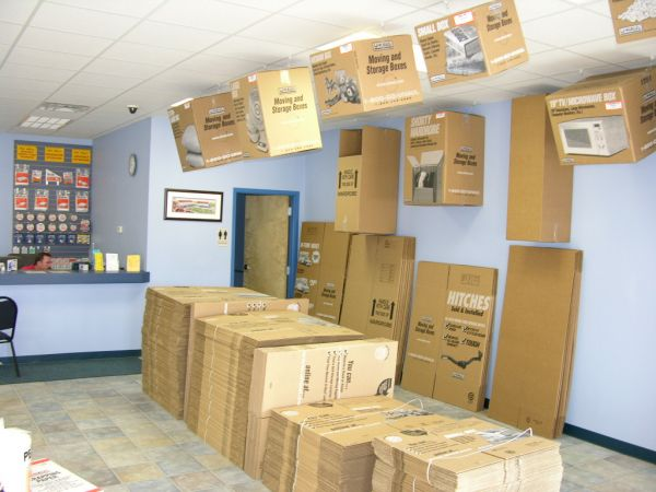 3401 East Texas Street Bossier City, LA 71111 - Moving/Shipping Supplies