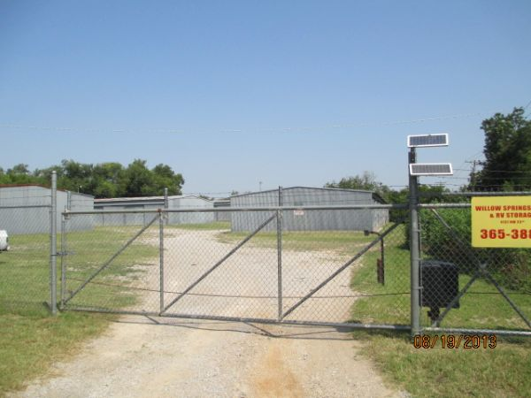 4131 Northwest 23rd Street Oklahoma City, OK 73107 - Security Gate