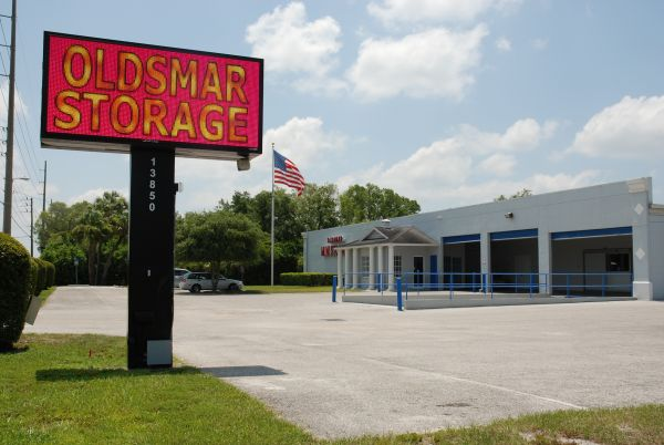 13850 West Hillsborough Avenue Tampa, FL 33635 - Signage