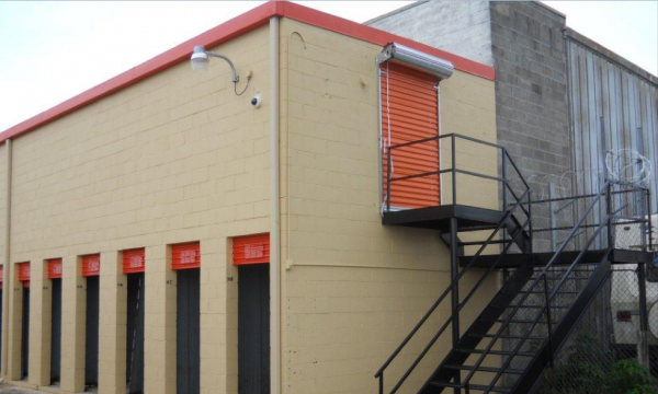 7310 Chef Menteur Highway New Orleans, LA 70126 - Drive-up Units