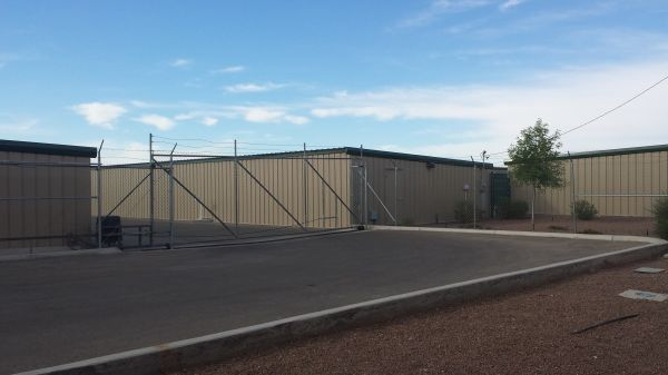 8100 Artcraft Road El Paso, TX 79932 - Security Gate