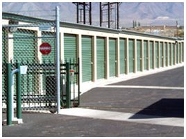 120 Rio West El Paso, TX 79932 - Security Gate|Drive-up Units|Driving Aisle