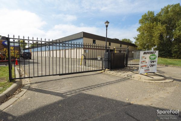 3800 Louisiana Avenue South St. Louis Park, MN 55426 - Security Gate