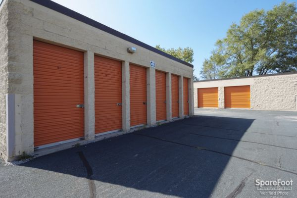 10685 165th Street West Lakeville, MN 55044 - Drive-up Units