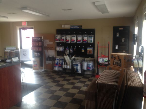 2021 Tiny Town Road Clarksville, TN 37042 - Moving/Shipping Supplies|Front Office Interior