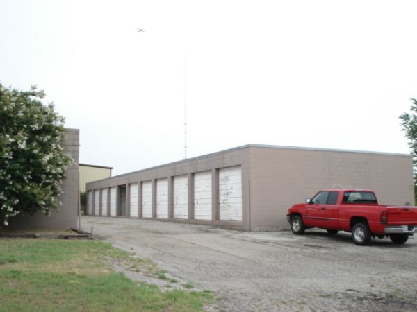 6900 North Shartel Avenue Oklahoma City, OK 73116 - Drive-up Units