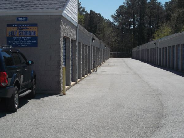 21502 Great Mills Road Lexington Park, MD 20653 - Drive-up Units|Driving Aisle