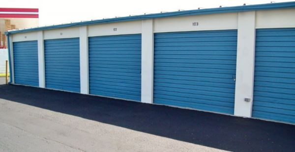 Outer Space Mini Storage   Port Richey
