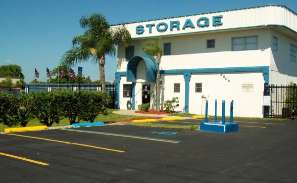 Outer Space Mini Storage - Port Richey - 9906 U.S. Highway 19 N & Outer Space Mini Storage - Port Richey | 9906 U.S. Highway 19 N ...