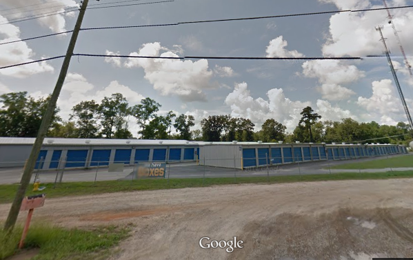 2801 Palmyra Road Albany, GA 31707 - Road Frontage|Drive-up Units|Driving Aisle