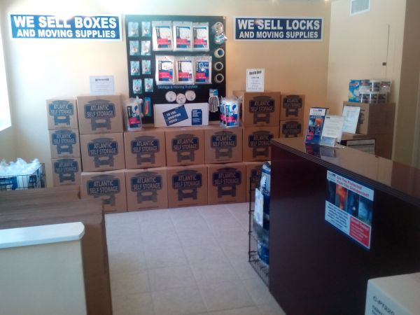 8204 Normandy Boulevard Jacksonville, FL 32221 - Moving/Shipping Supplies