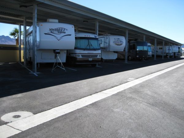 990 S Boulder Hwy Henderson, NV 89015 - Car/Boat/RV Storage|Driving Aisle