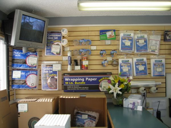 801 Birmingham Dr Cardiff-by-the-sea, CA 92007 - Moving/Shipping Supplies