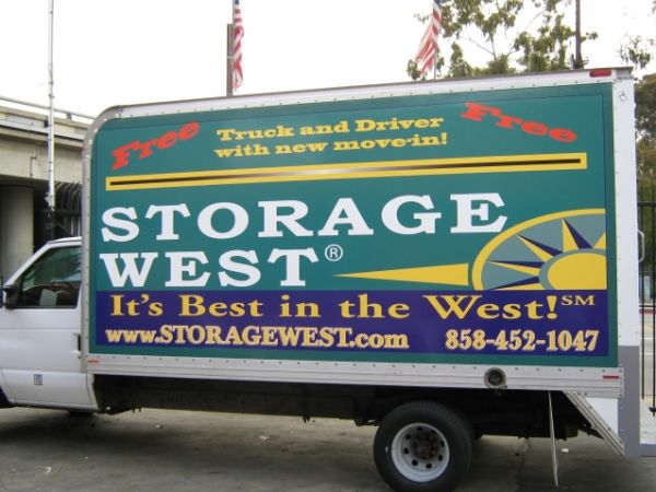 5206 Eastgate Mall San Diego, CA 92121 - Moving Truck