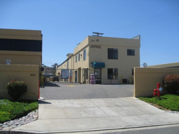 Storage West   Oceanside Here For You Guarantee   201 Via El Centro
