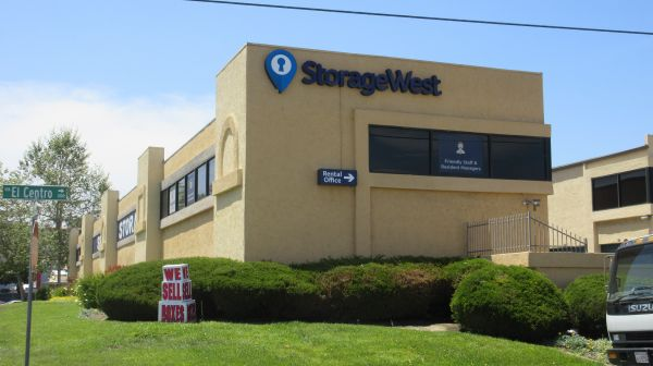 Storage West - Oceanside - 201 Via El Centro & Storage West - Oceanside | 201 Via El Centro | SpareFoot