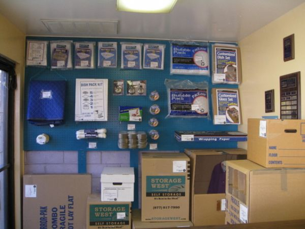 681 S Tustin St Orange, CA 92866 - Moving/Shipping Supplies