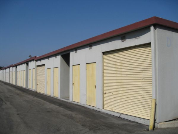 681 S Tustin St Orange, CA 92866 - Drive-up Units