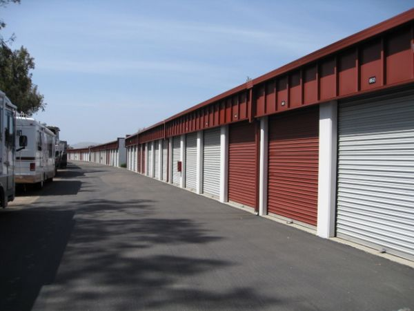 10999 Willow Ct San Diego, CA 92127 - Car/Boat/RV Storage|Drive-up Units|Driving Aisle