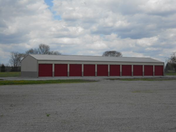 8060 North Us Highway 68 Wilmington, OH 45177 - Drive-up Units