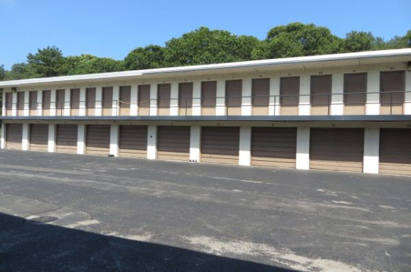 775 Long Island Avenue Medford, NY 11763 - Drive-up Units